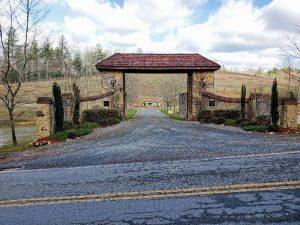 Roaring River Gate