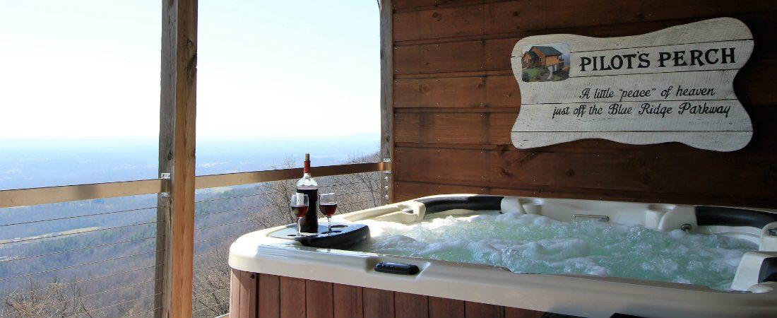 Pilot's Perch | Luxurious, Romantic Cabin in Fancy Gap